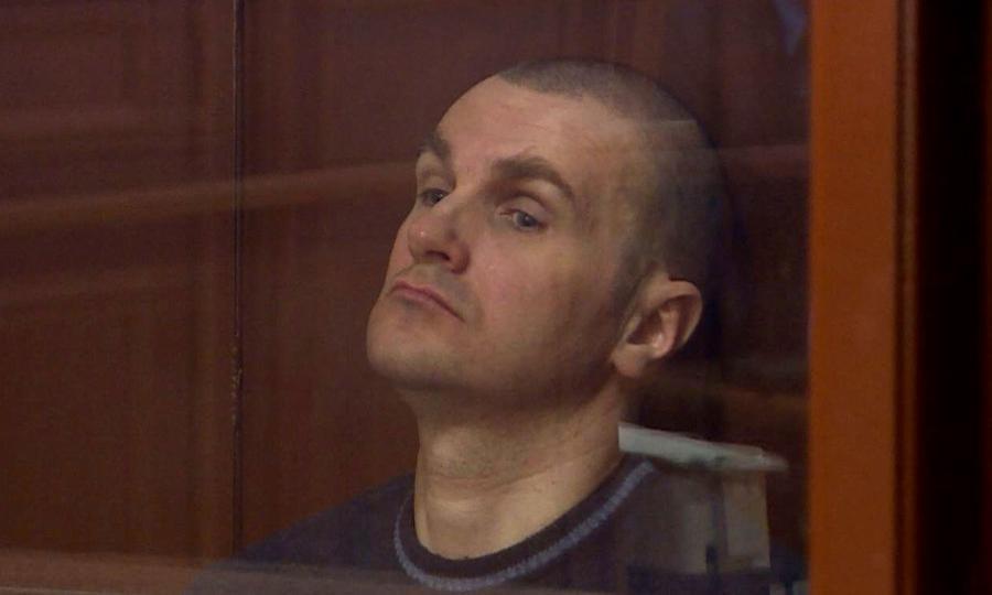 Судят старшего следователя, пырнувшего ножом двух ФСБшников.